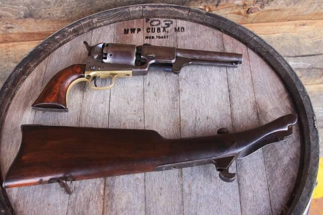 Краткая история пистолетов-карабинов. Часть 1. Colt Dragoon с отъёмным прикладом