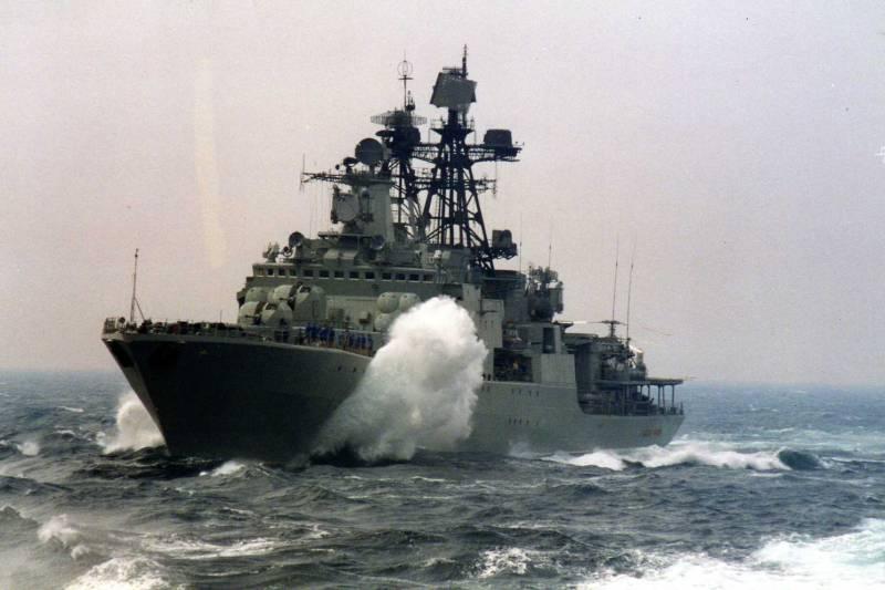 Российские корабли направились в Китай для участия в совместном учении