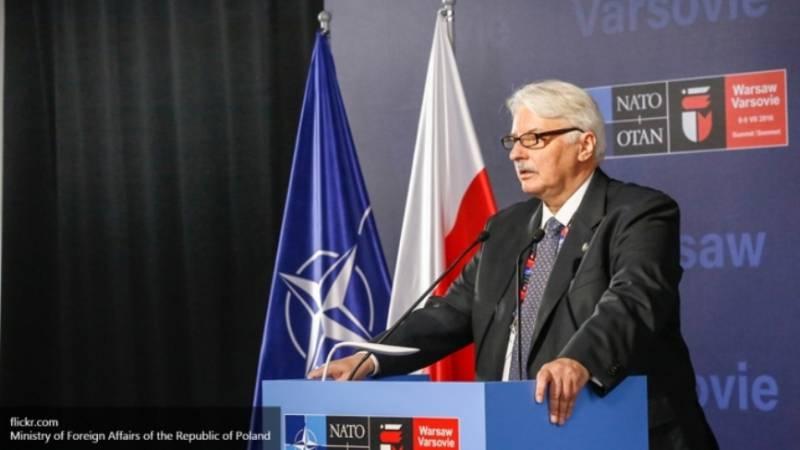МИД Польши призвал Лондон обеспечить защиту поляков, проживающих в Британии