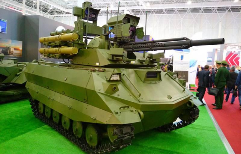 До конца года в войска поступят 20 ударных роботизированных машин «Уран-9»