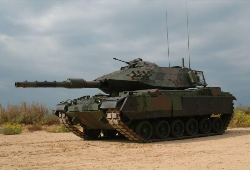 Видео уничтожения двух турецких танков из ПТРК «Корнет»