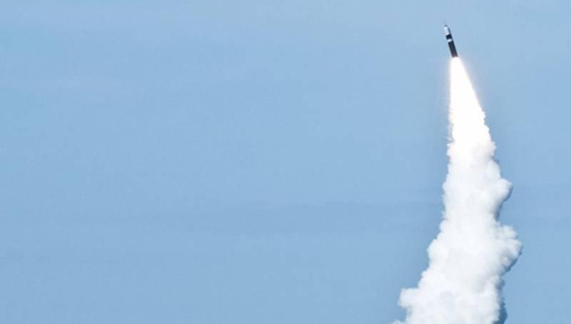 В США проведены тестовые запуски 2-х баллистических ракет