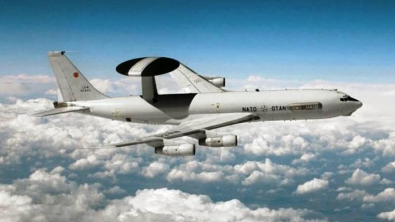 Натовский AWACS просканировал пространство над Калининградской областью