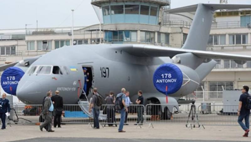 «Антонов» представил в Киеве новый военный транспортник