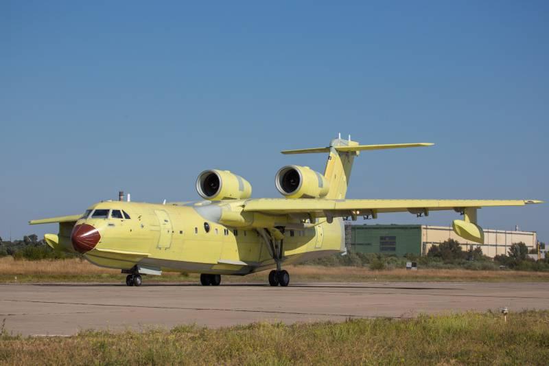 Бе-200ЧС, собранный в Таганроге, совершил свой первый полёт