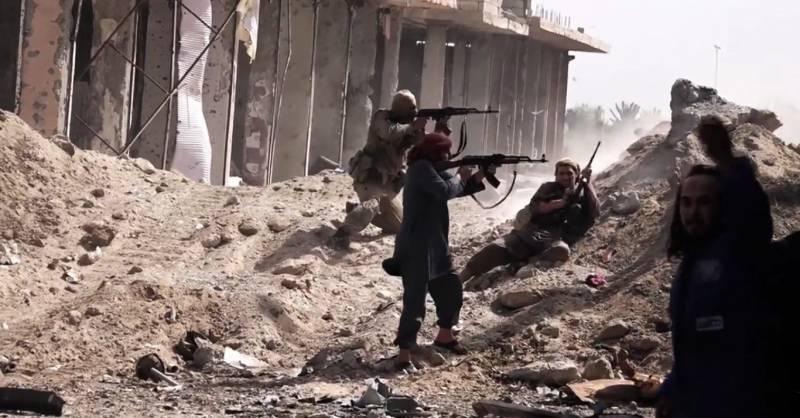 Очередная американская инициатива по спасению террористов в Сирии