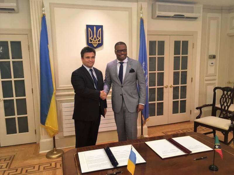 Украина получила безвизовый режим с... Сент-Китс и Невис