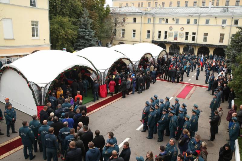 Восемь погибших пожарных представлены к государственным наградам (посмертно)
