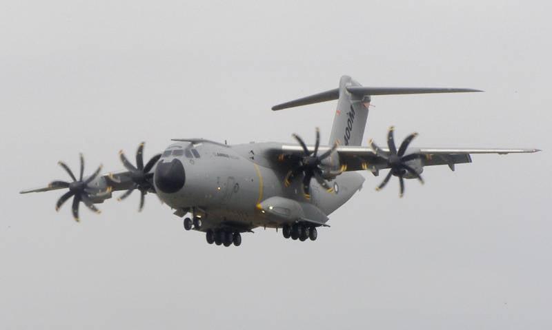 Airbus A400M Atlas «устал» еще до старта. Заменим на Ан-70?