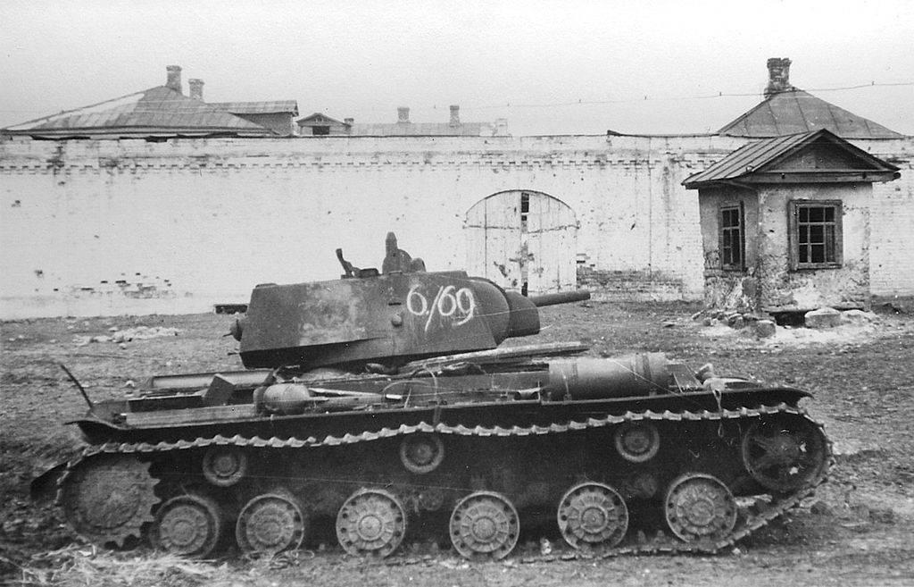Картинки по запросу 1 гвардейская танковая бригада