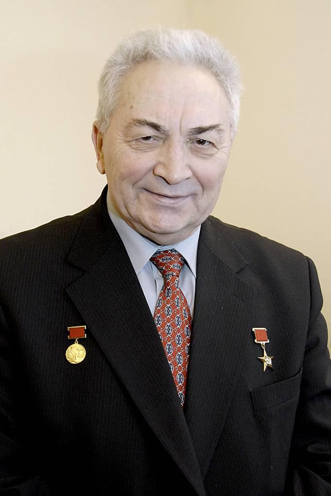 Ушел из жизни Виталий Хуссейнович Догужиев