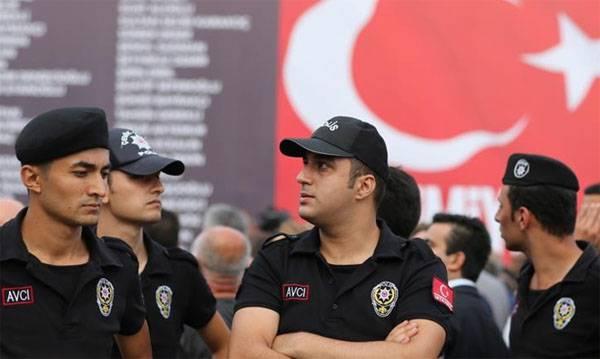 Турецкие СМИ сообщают о теракте в Анкаре