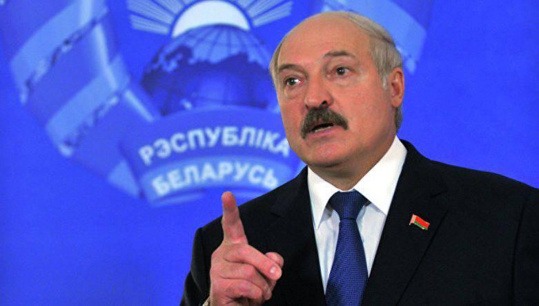 Лукашенко раскритиковал РФ за«недостаточную» военную помощь