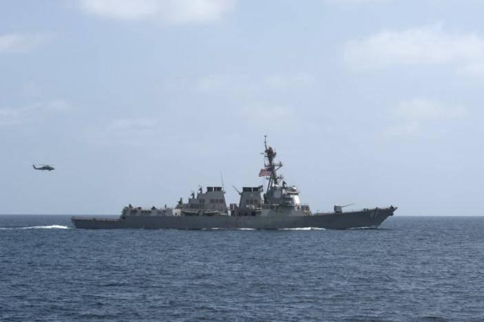 Йеменские хуситы опровергают причастность к обстрелам кораблей ВМС США