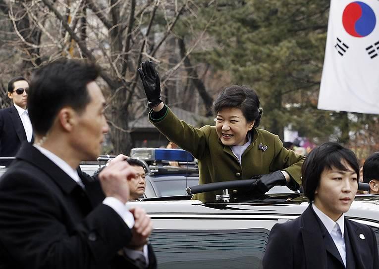Южнокорейскому президенту предложили вернуть в страну тактическое ядерное оружие