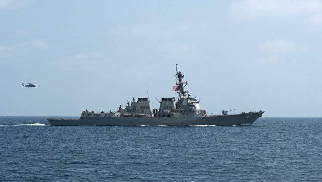 NBC: американский эсминец вновь был обстрелян у берегов Йемена