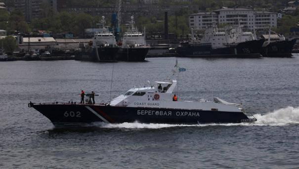 Экипаж северокорейской шхуны пытался уйти в нейтральные воды с заложниками из состава ПУ ФСБ