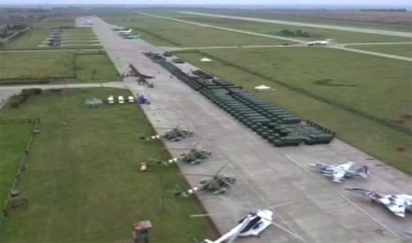 """Украинские военнослужащие комментируют образцы техники, переданные Порошенко для нужд """"АТО"""""""