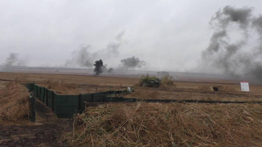 Ополченцы докладывают  онаступлении украинских военных наюге