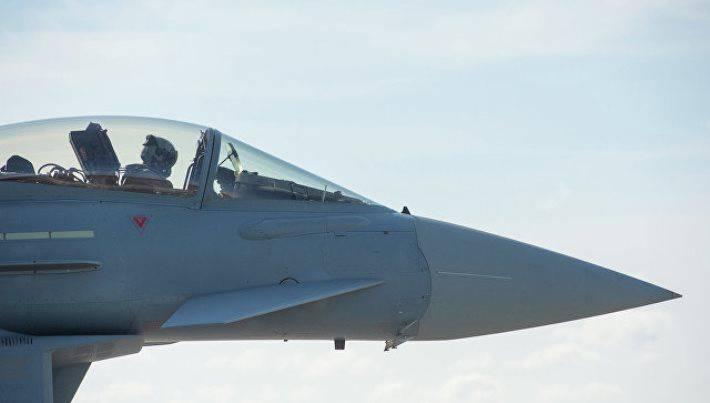 Натовский лётчик выразил обеспокоенность тем, что самолёты ВКС РФ стали летать «иначе» и в «иное время»