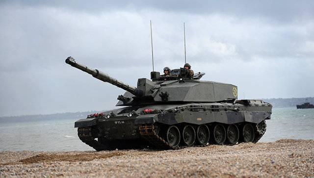 Британия разместит в Эстонии батальон с бронетехникой