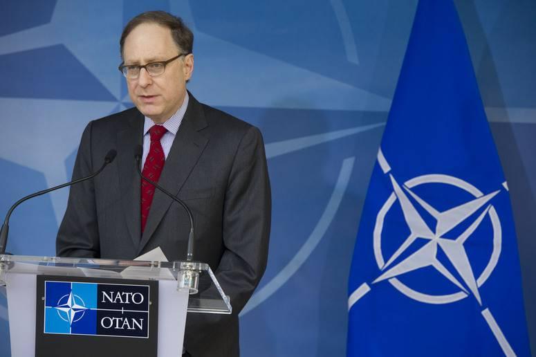 Вершбоу заявил, что Россия должны быть благодарна НАТО за расширение на восток