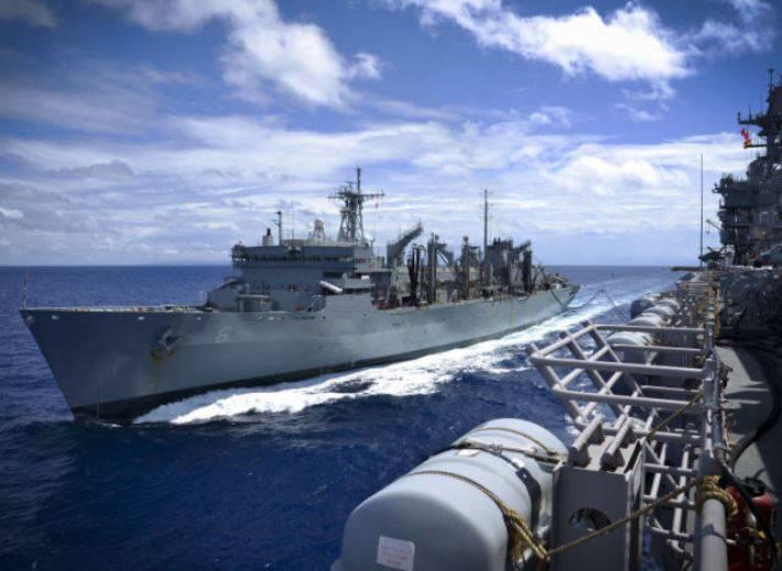 Вспомогательный флот США может получить ракетные комплексы
