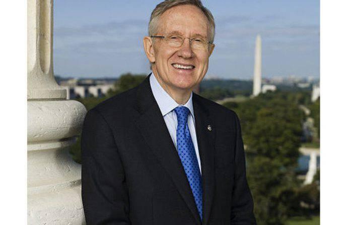 Сенатор-демократ обвинил директора ФБР в нарушении закона