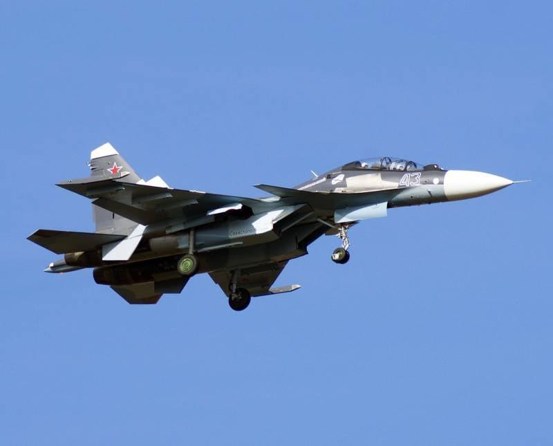 Авиаполк ЧФ в Крыму получил очередной истребитель Су-30СМ