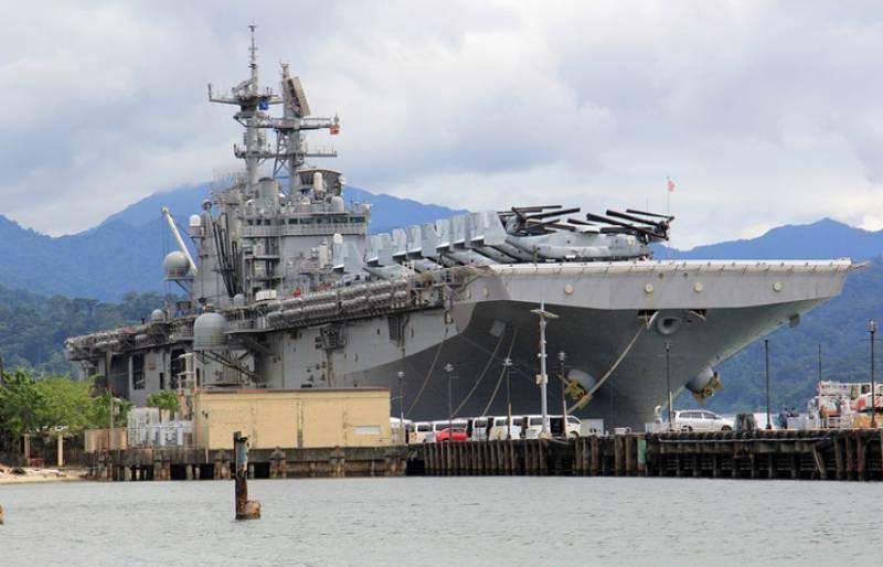 ВМС США провели учение в Южно-Китайском море