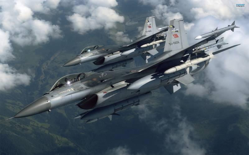Турецкие военные сообщили об уничтожении 6-ти объектов ИГ в Сирии