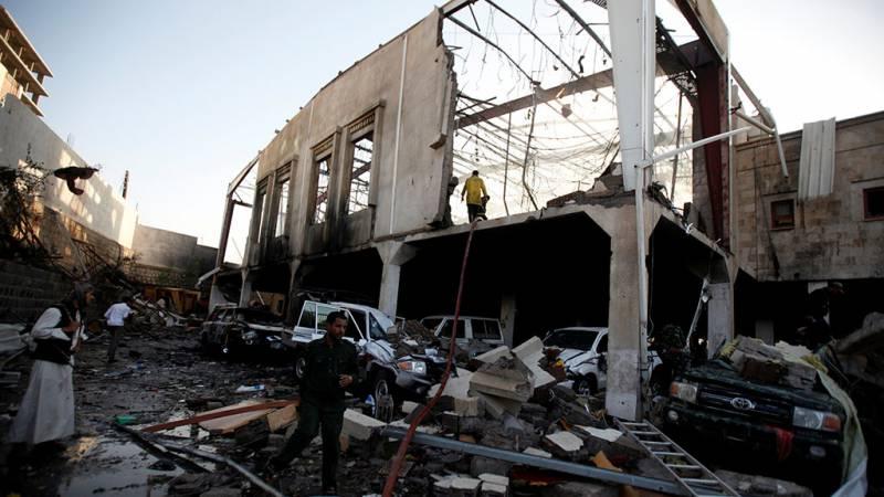 СМИ: в результате авиаударов арабской коалиции, нанесённых по мирным жителям, погиб мэр столицы Йемена