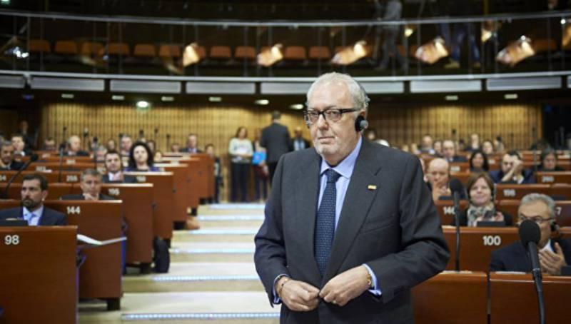 Киев будет добиваться отставки главы ПАСЕ за его «пророссийские» настроения