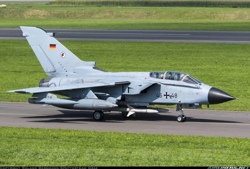 Почти половина германских истребителей Tornado оказались «прикованы к земле»