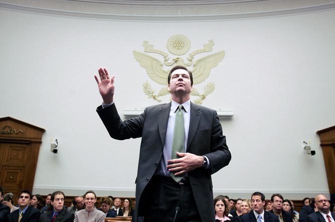 Демарш директора ФБР США Джеймса Коми