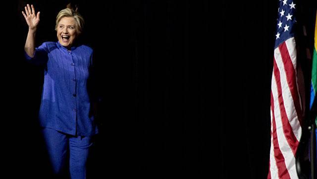 ФБР США оставило решение поделу опереписке Клинтон без изменений