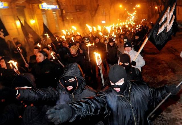 Фашисты и государство