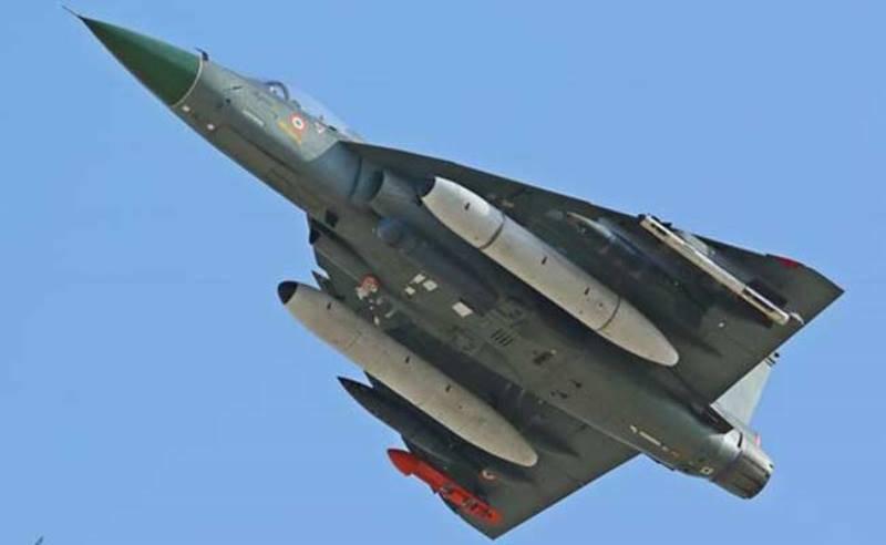 Минобороны Индии заказало для ВМС более 80-ти отечественных истребителей