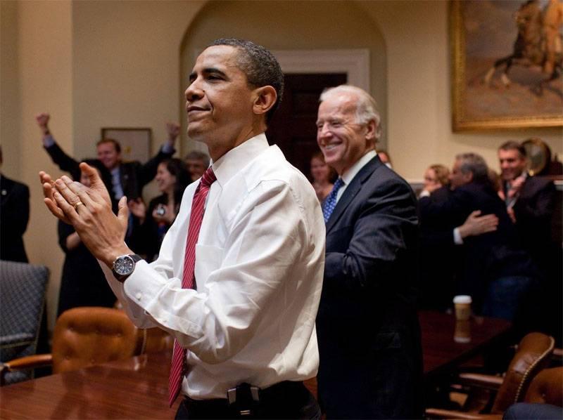"""СМИ: Обама отдал распоряжение об уничтожении главарей """"Джебхат ан-Нусры"""" в Сирии"""