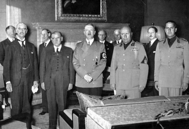 Чехословакия могла остановить Гитлера, но ускорила войну
