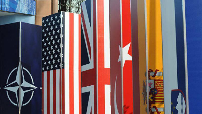 СМИ: Глава Минобороны Британии намерен призвать страны НАТО увеличить военные расходы