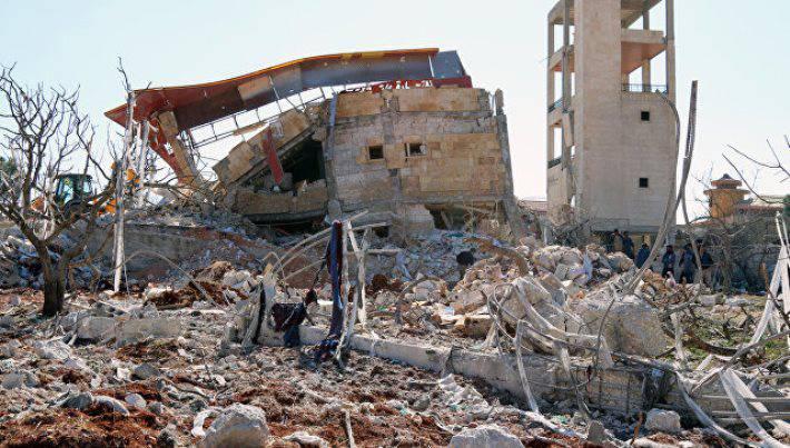 США осудили «гнусные» бомбежки Алеппо, предупредивРФ опоследствиях