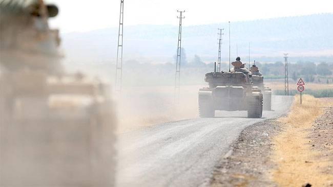 Турецкая армия наносит артиллерийские и авиаудары по северу Сирии
