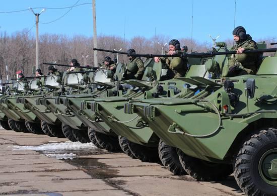 Более 50 БТР-82А поступили на вооружение формируемой на Урале танковой дивизии