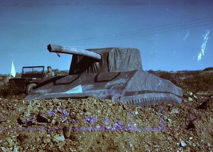 Надувной танк, спрятанный Кремль и другие хитрости в истории камуфляжа