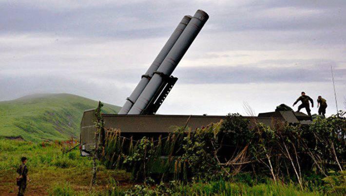 Токио пообещал принять ответные меры в связи с размещением на Курилах ракетных комплексов