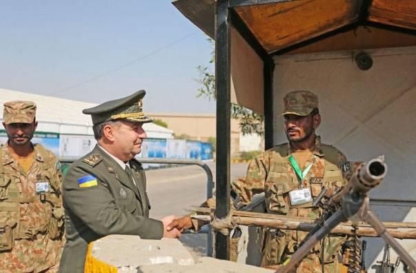 """Украина испытала """"новейшие"""" миномёты и пообещала Пакистану модернизировать его танки"""