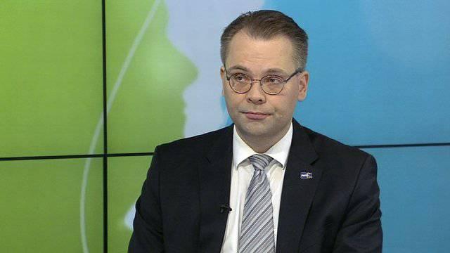 Финский министр обороны не видит угрозы со стороны России