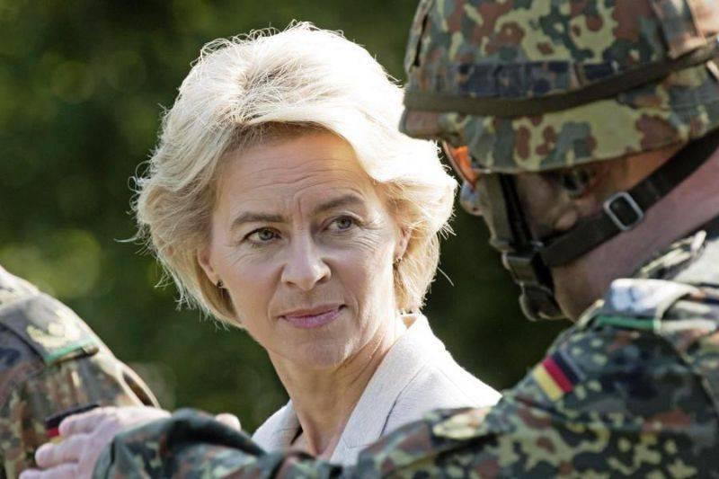 Глава Минобороны ФРГ: речи о создании армии Евросоюза не идёт