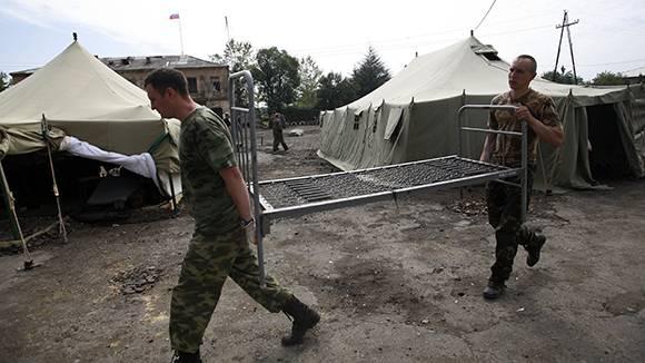 Для российских военных разработаны сверхлегкие кровати-носилки